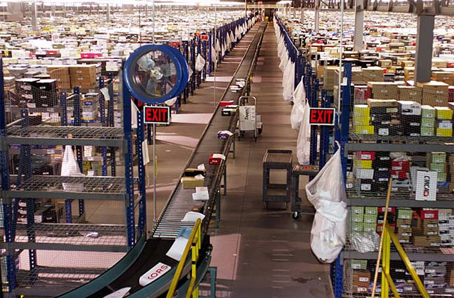 Large fulfillment center